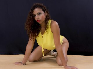 YeseniaRios video shows camshow